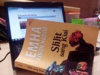 Buku Slilit Sang Kiai edisi terbaru (foto:tika)