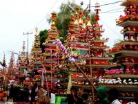 Arakan tabot dalam Festival Tabot.