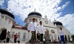 Mesjid Raya Baiturrahman di Aceh, salah satu destinasi wisata syariah.