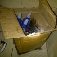 Paket berisi bom