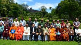 Pemuka Budha dan Islam.