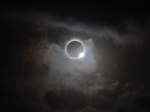 580326-solar-eclipse