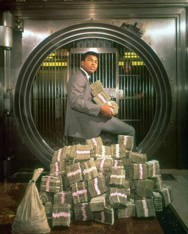 Ali raih kemenangan tahun 1964